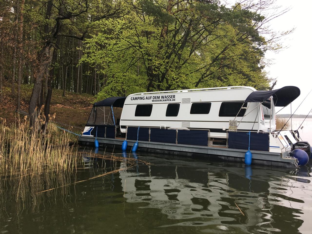 Camping auf dem Wasser